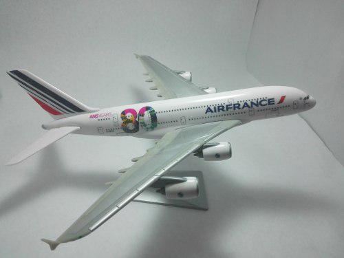 Avion A Escala 1:250 80 Aniversario De Airfrance