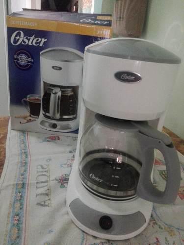 Cafetera Eléctrica Oster De 12 Tazas 25$
