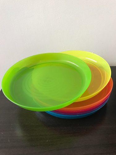 Set De Platos Plasticos De Colores