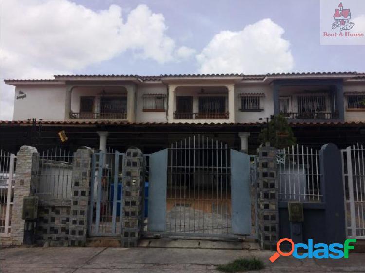 Townhouse en Venta El Bosque Nv 19-1677