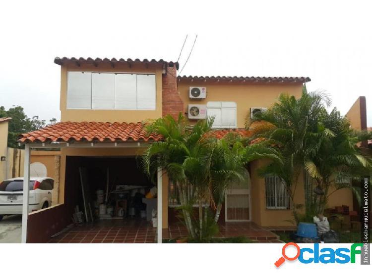casa en venta en Cabudare Puerta del sol 18-9045