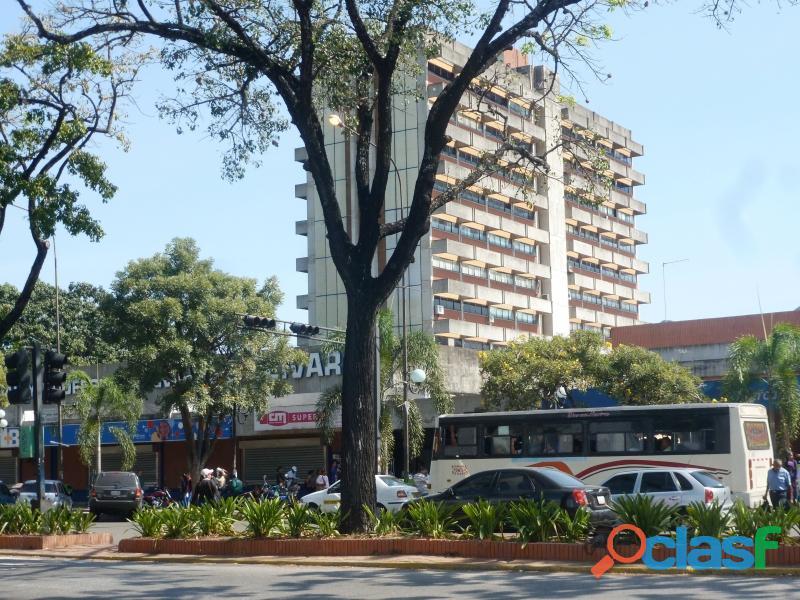 Oficina en Alquiler en Avenida Bolivar Norte, Valencia,