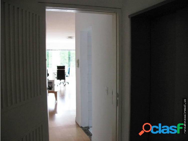 Apartamento en Venta en Caracas DR #16-12529