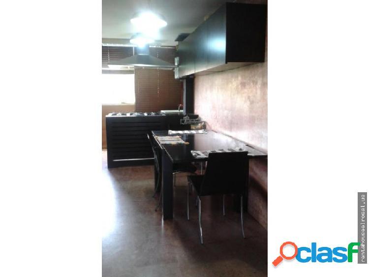 Apartamento en Venta en Caracas DR #17-10974
