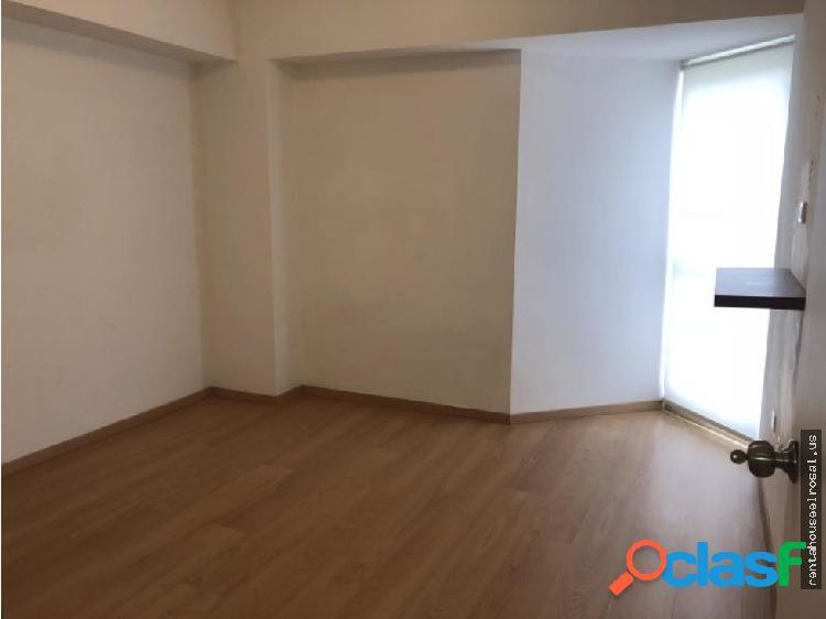 Apartamento en Venta en Caracas DR #18-15977