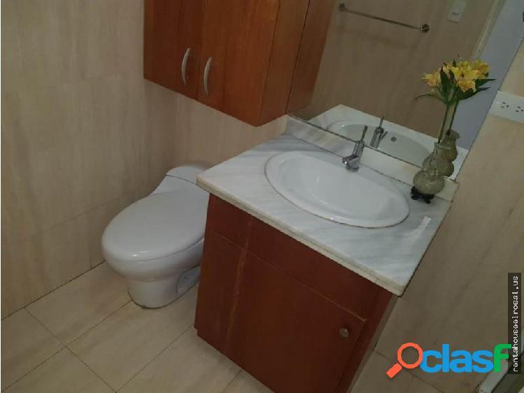 Apartamento en Venta Ccs - Altamira DR #18-14561