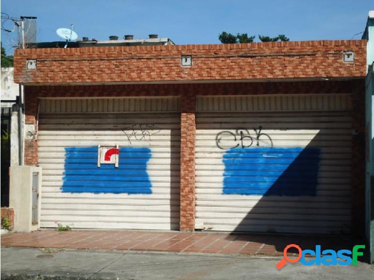 Local Comercial en Alquiler al Este de Bqto.