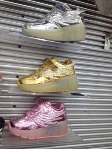 Zapato Patín De Ruedas Y Luces Led Tallas De 29 A 38
