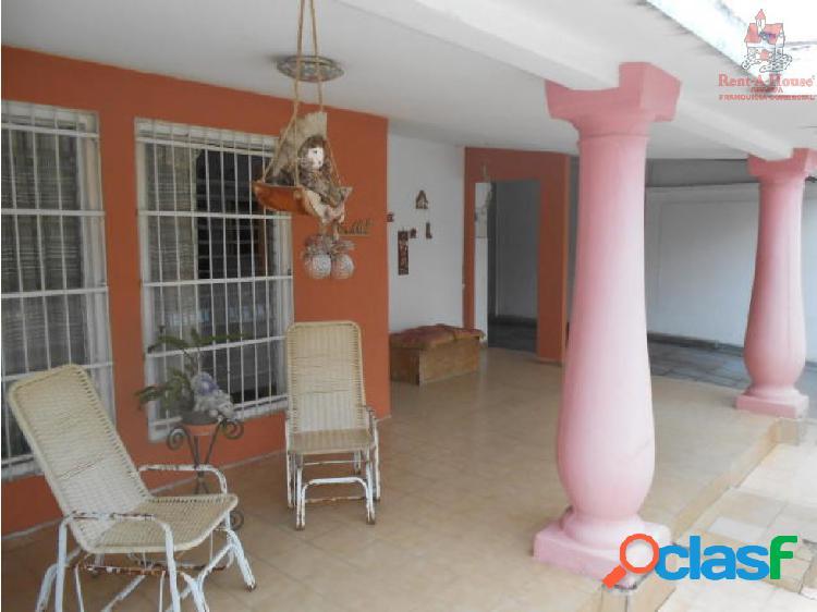 Casa en Residencias Palo Negro LEV Cod. 19-6191