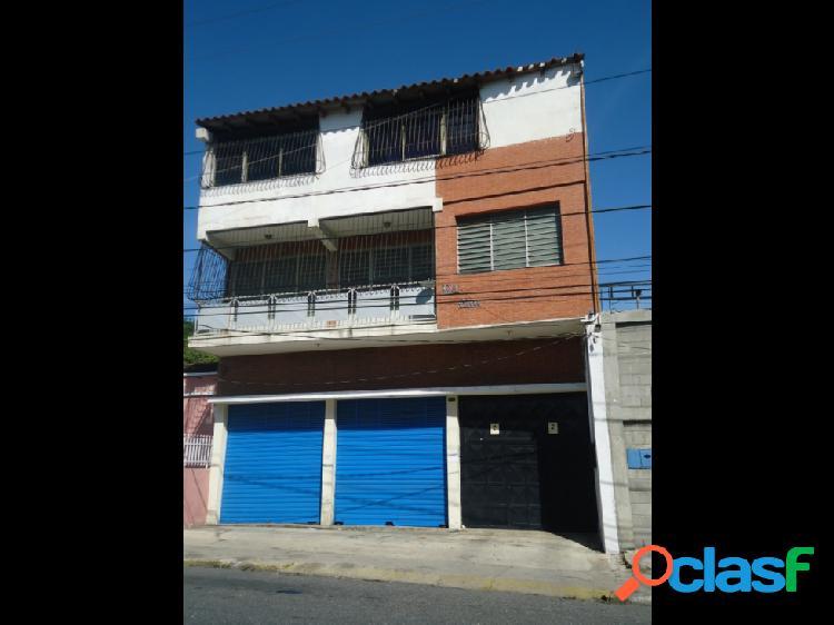 Local Comercial en Alquiler Centro- Este Bqto.