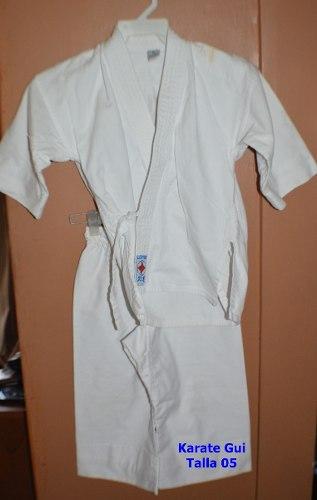 Kimono De Karate/ Karategui