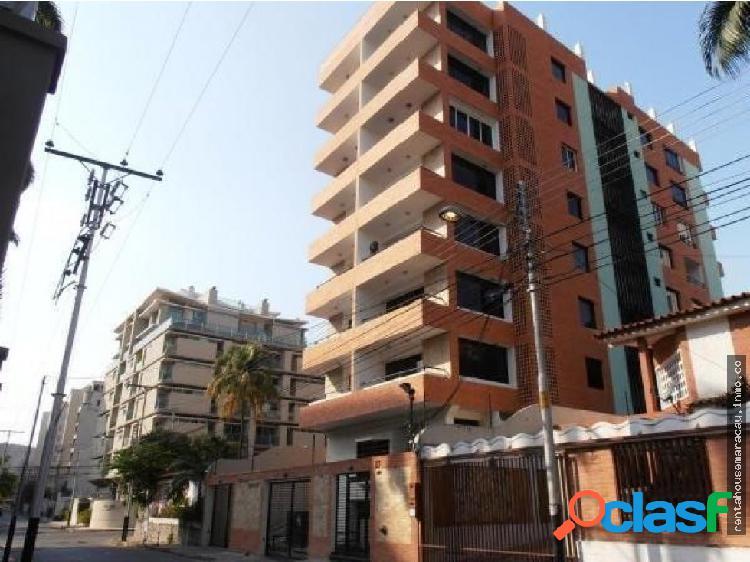 Apartamento en venta La Soledad Maracay RG 19-4882