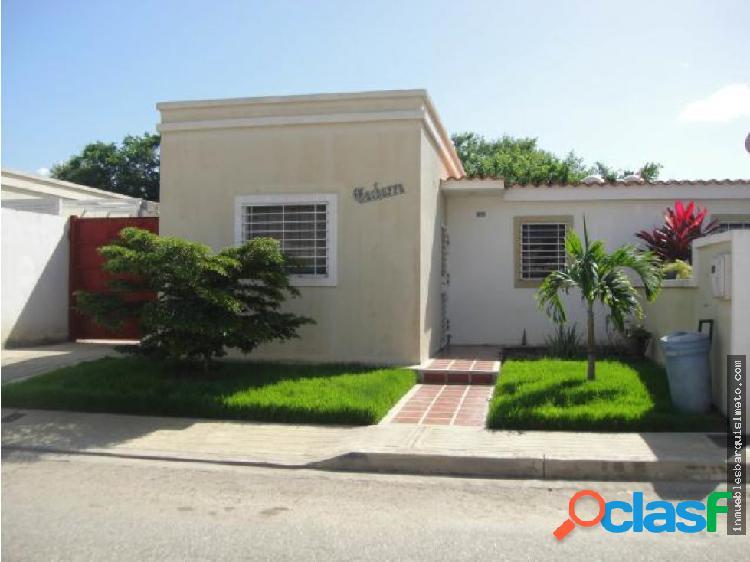 Casa en Venta La Montañita Cabudare Flex19-823 RR