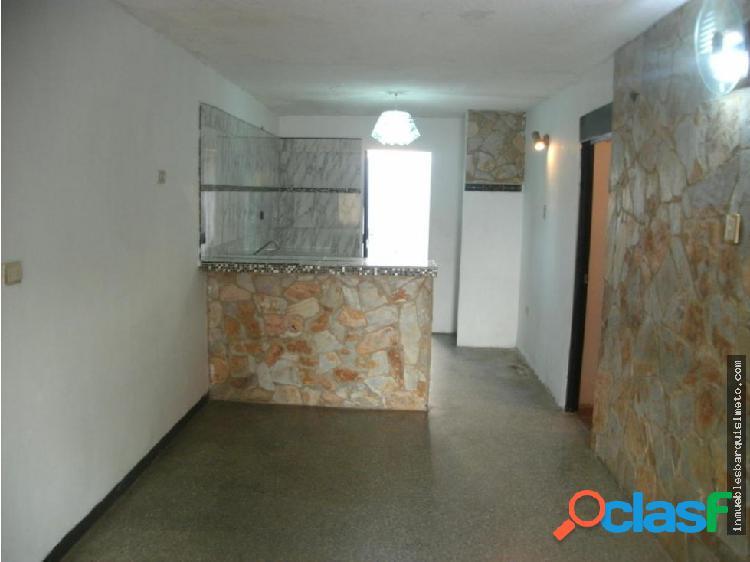 Casa en Venta La Pedregoza Flex19-6426 IF