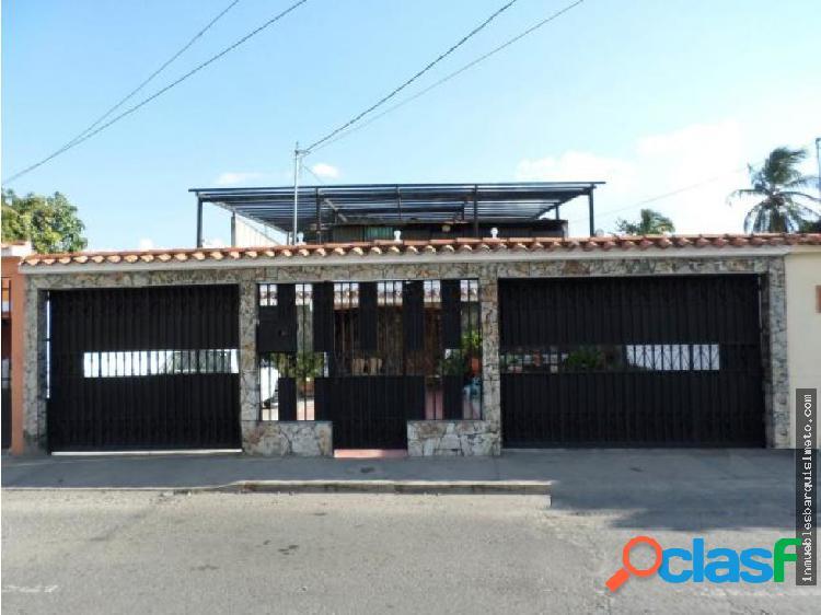 Casa en Venta en Barquisimeto 19-2819 RBR