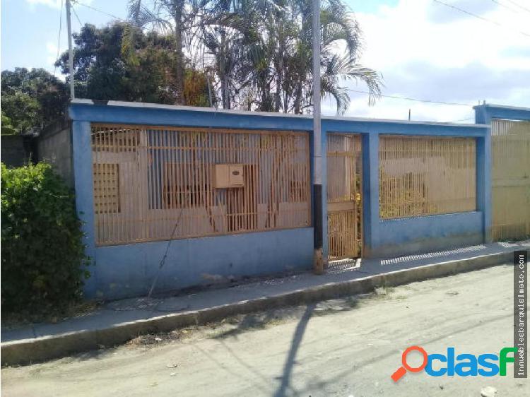 Casa en Venta en Barquisimeto 19-6621 RBR
