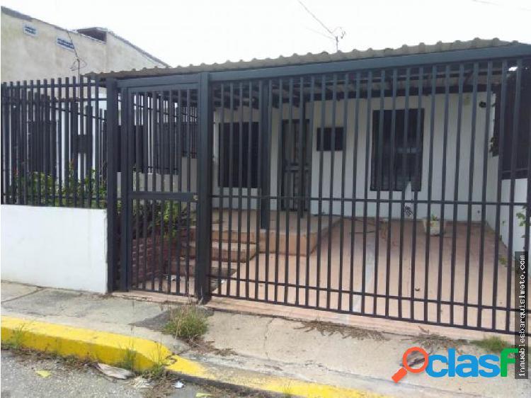 Casa en venta en Cabudare Flex 19-5279 RR