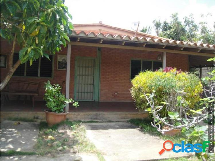 Vendo Casa en Agua Viva Flex 19-1165 RR