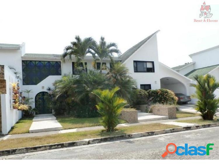Casa en Venta Altos de Guataparo Cv 19-6486