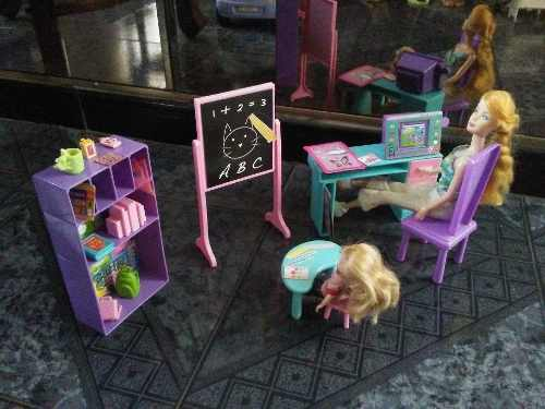 Barbie Maestra