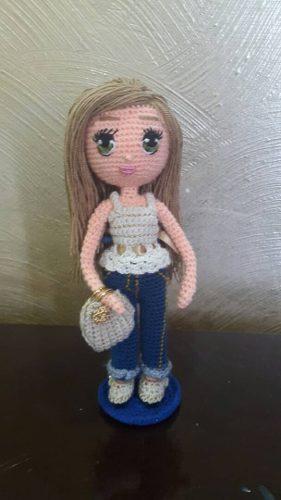 Bella Muñeca De 23 Cms De Alto, Elaborada En Crochet