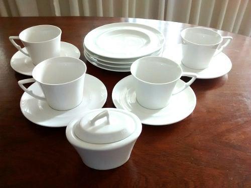 Valilla Para Desayuno En Porcelana 13 Piezas