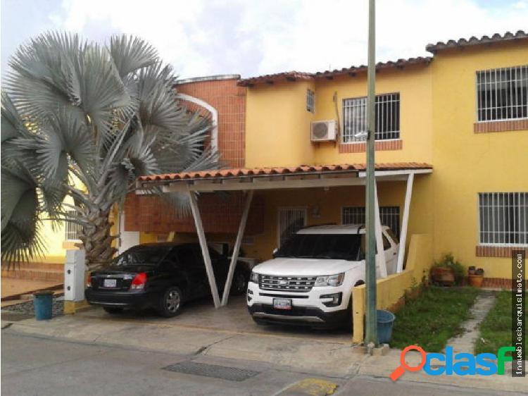Casa en Venta Cabudare 17-11312