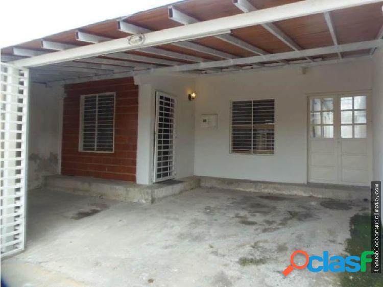 Casa en Venta en Barquisimeto 19-253 RB