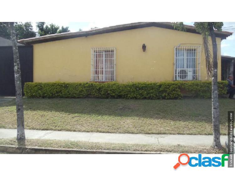 Casa Venta Urb El Valle Flex 19-311 RR