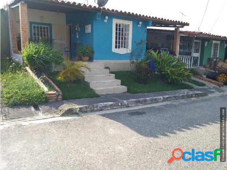 Casa Venta Altos de Florida Flex 19-5138 RR