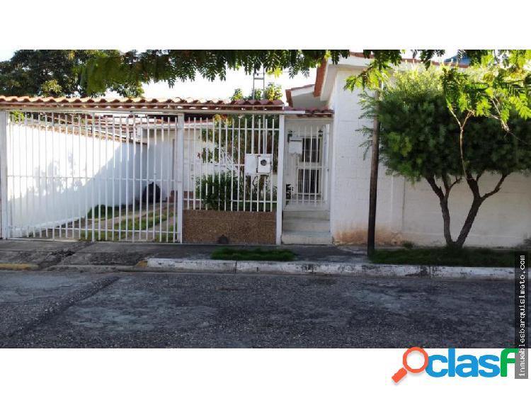 Casa Venta Urb Chucho Brice#o Flex 19-871 RR