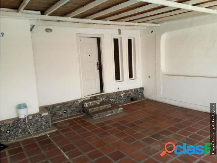 Casa Venta Urb La Puerta Flex 19-5089 RR