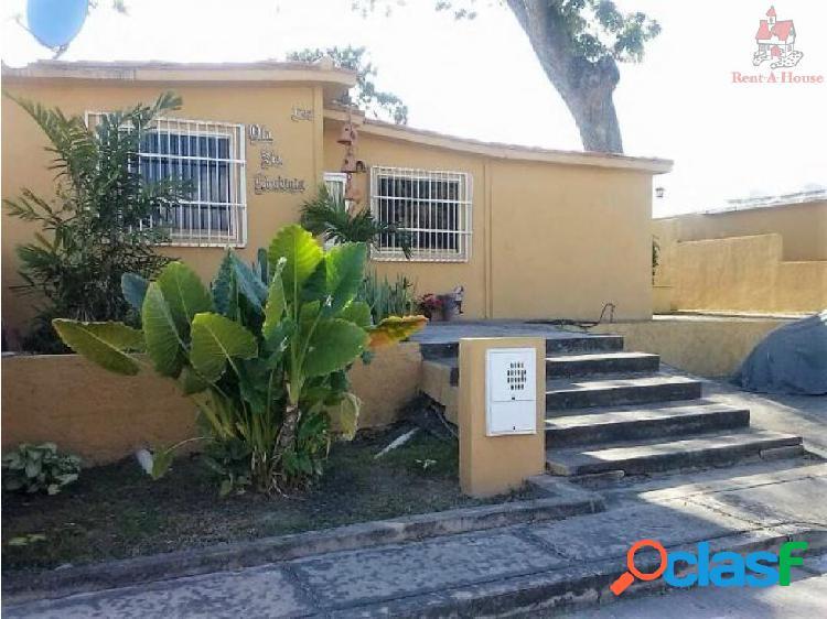 Casa en Venta Tierra del Sol Mz 18-477
