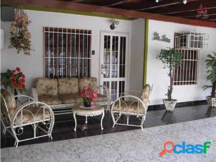 Casa en Venta Urbanizacion La Mantuana ZPE 19-3119