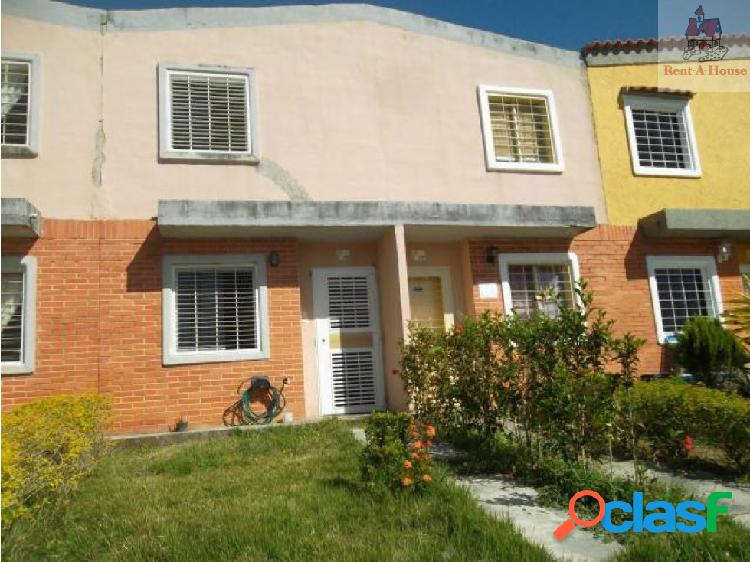 Townhouse en Venta Flor Amarillo Mz 18-12136