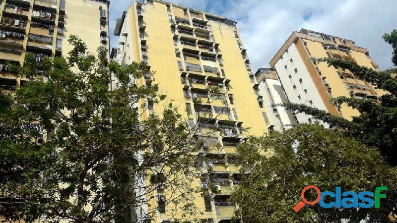 Apartamento en venta Maracay Urb. El Centro Cod. 19 7615