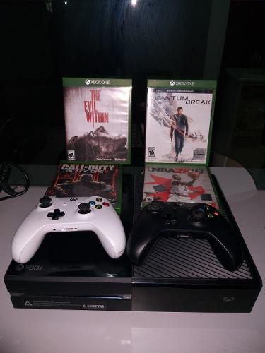 Xbox One 500gb + 3 Controles + 5 Juegos