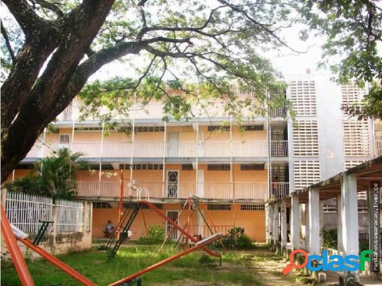 Apartamento en Venta Cana de Azucar RG 19-3705