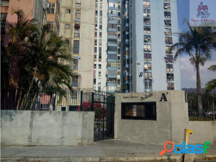 Apartamento en Venta Las Quintas Mz 19-7105