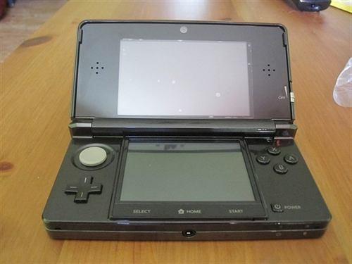 Nintendo 3ds Con 3 Juegos Mas R4 Y Cargador