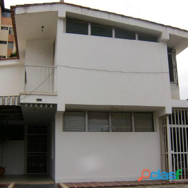 Vendo Casa en Urb. del Este de Barquisimeto. Cerca del