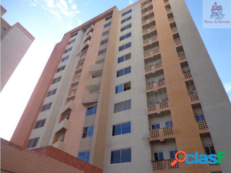Apartamento en Venta Palma Real Mz 19-7172