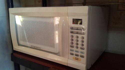 Microondas Frigidaire 20 Litros