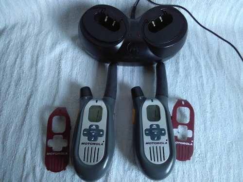 Radios Motorola Walkie Talkies, Con Base De Carga.remate