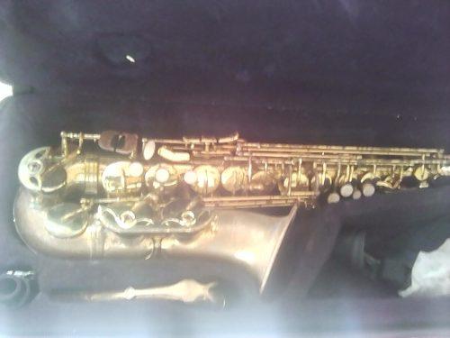 Saxofón Alto Prelude Con Selmer