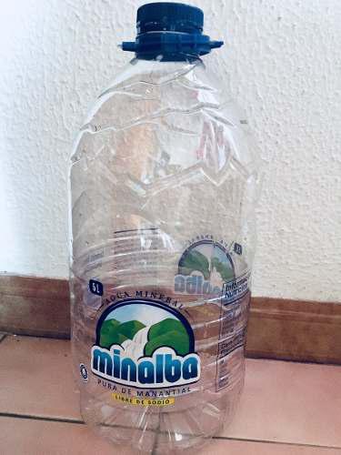 Envases De Plástico De 5 Litros. (minalba Y Nevada)