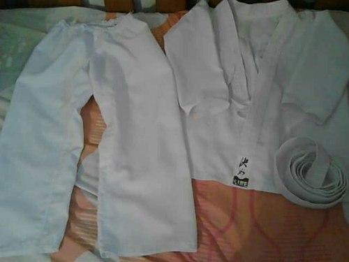 Kimono Dobo De Karate Talla 8-10 Con Cinturon