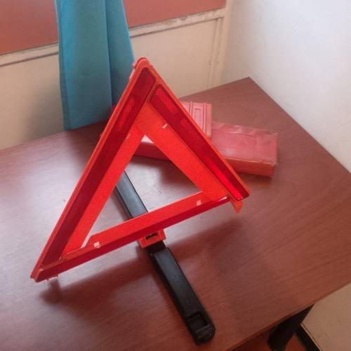 Triangulo De Emergencia Para Vehículo