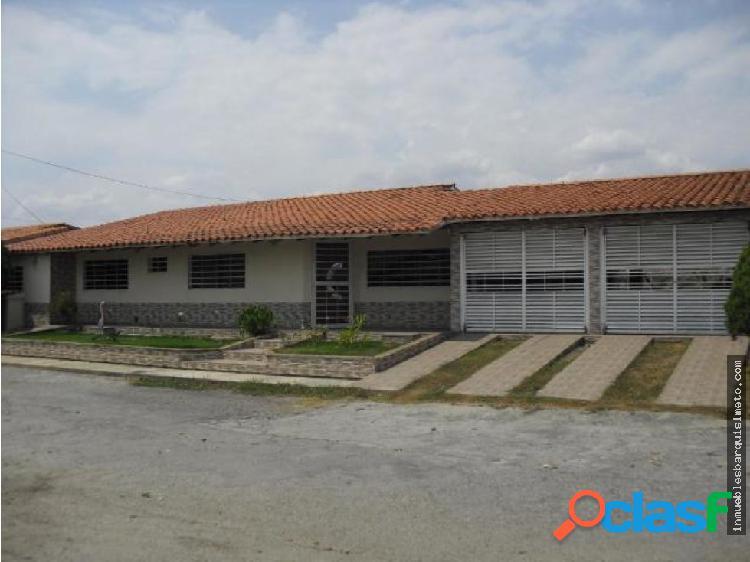 Casa en Venta en Tabure Villas Cabudare R:19-8034