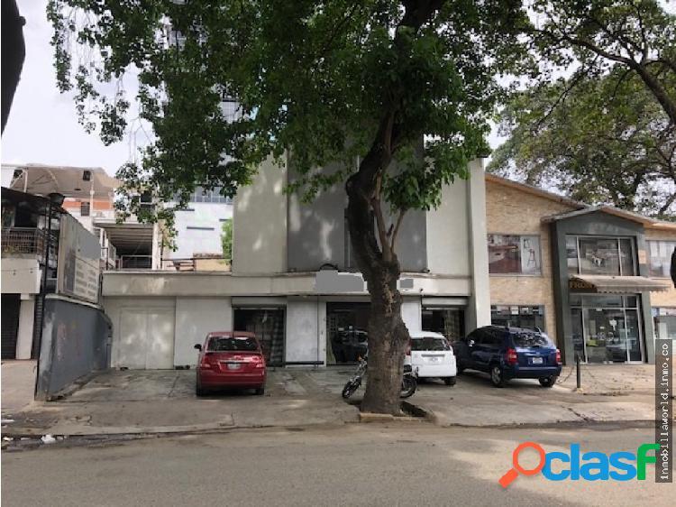 Vendo casa en las Mercedes al este de Caracas